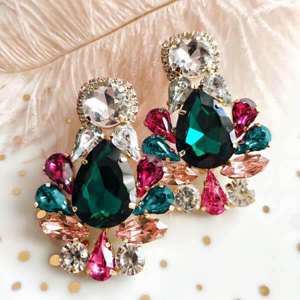 Taarush earrings macomo